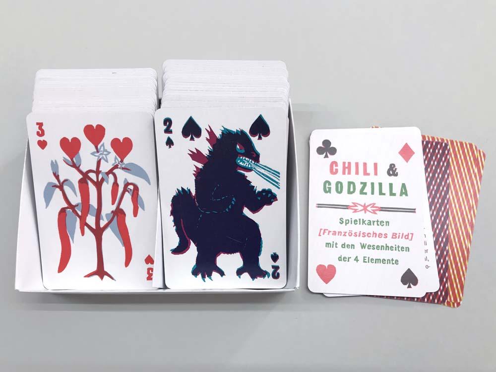 Herz 3 mit Chilipfeffer und Pik 2 mit Godzilla