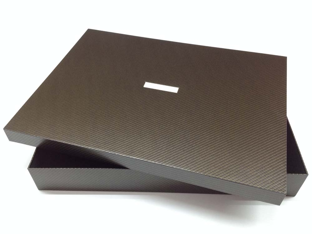Kasten für Designkleider