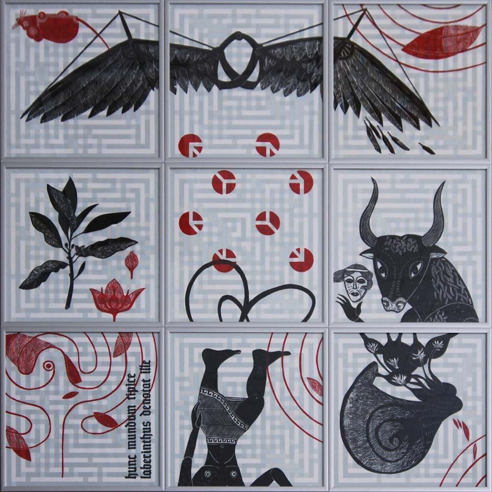 Die Positionen der 9 Rahmen ändern sich, es werden immer andere Figuren zusammgesetzt, jedoch niemals alle gleichzeitig