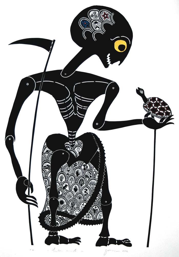 Schattenspielfigur als Tod mit Sense und Schildkröte